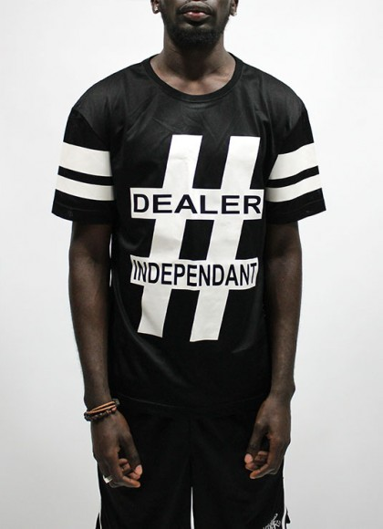 Tee Classic Mens Dealer independant black